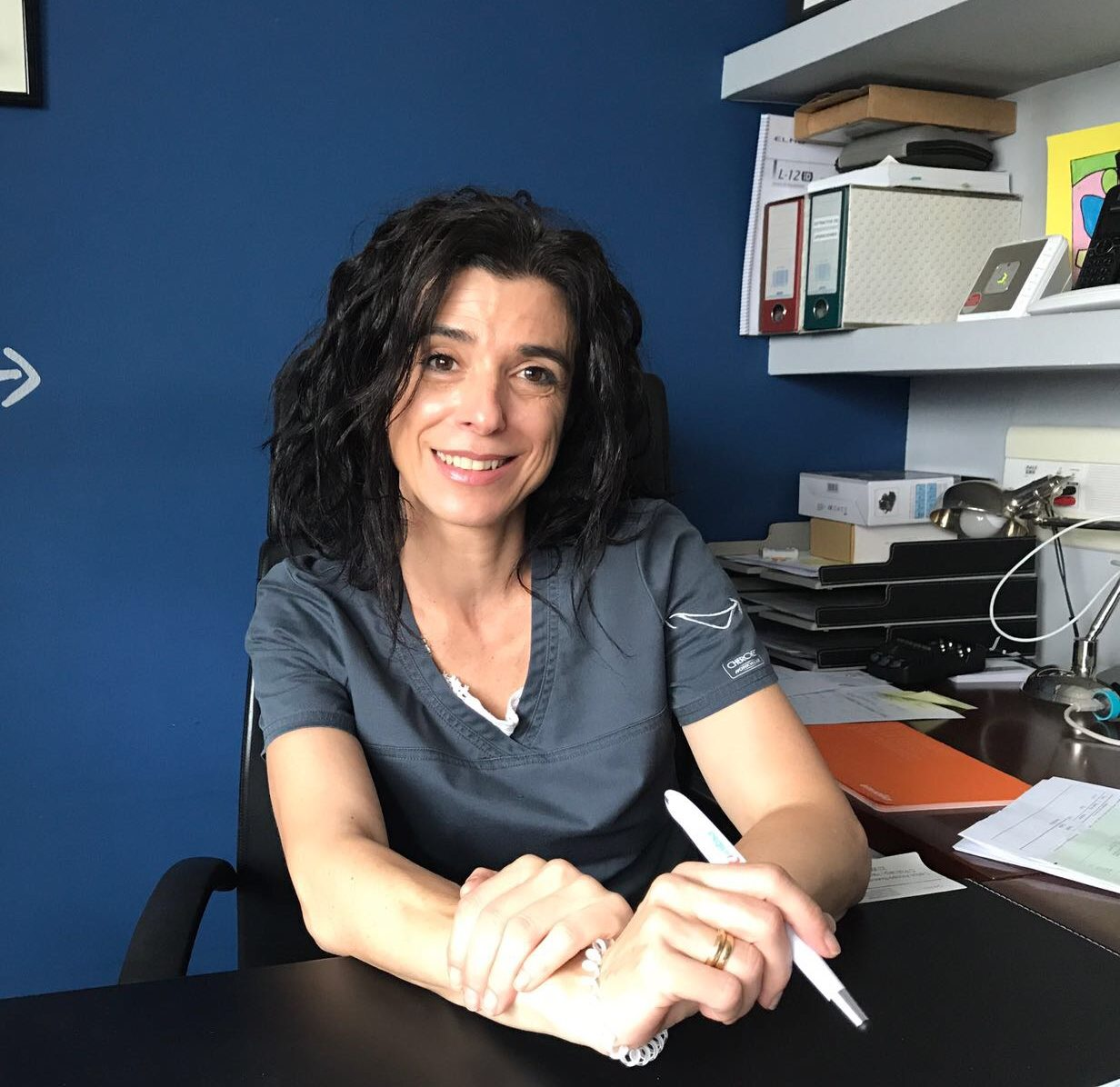 Dña. Nuria Vallina García